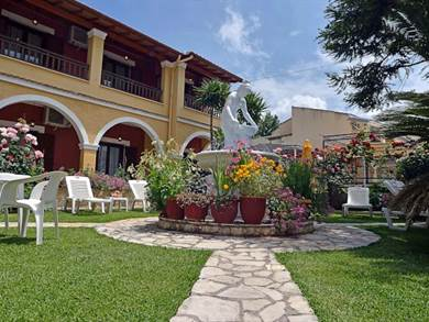 Eleni Apartments, Sidari