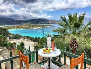 Anemoni Seaside Traditional Homes