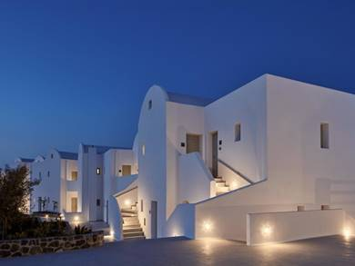 Costa-Grand-Resort-&-Spa-Kamari-Santorini