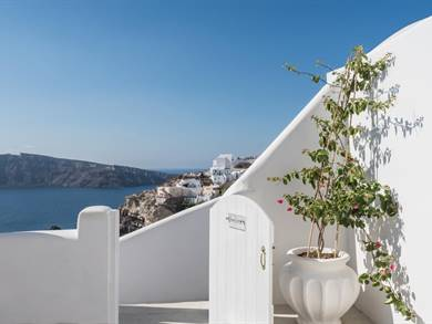 Alta Mare by Andronis Oia Santorini