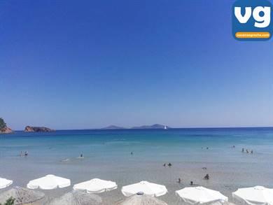 Spiaggia di Chrisi Milia
