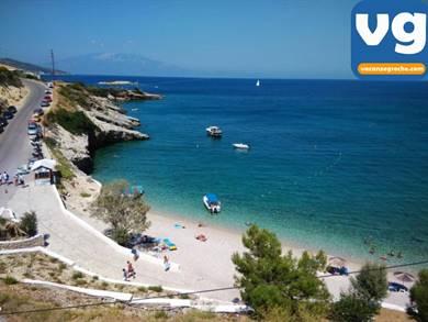 Spiaggia di Makris Gialos