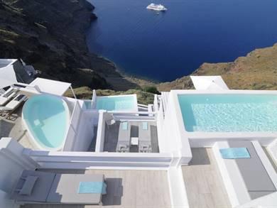 Aqua Luxury Suites Imerovigli Santorini