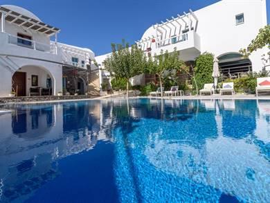 La Mer Deluxe Hotel & Spa Kamari Santorini