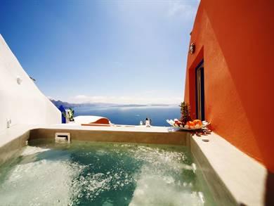 Chroma Suites Oia Santorini