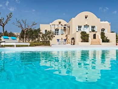 Sienna Resort Fira Santorini