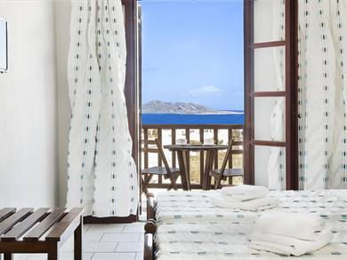 Sunrise hotel Paros