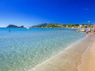 Villaggio e spiaggia di Laganas