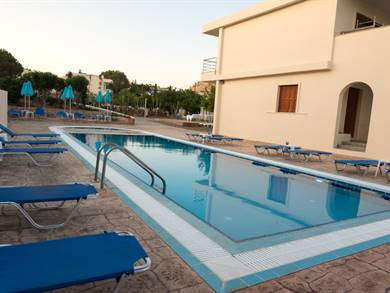 Amaryllis Beach Apartments Rodi