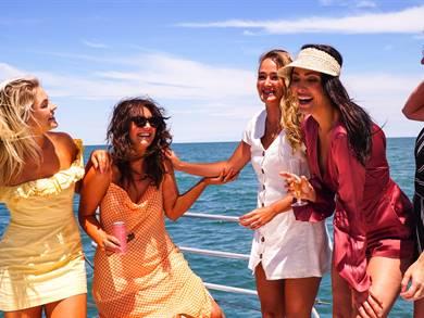 5 Isole greche per addio al nubilato e celibato