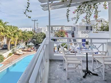 Kouros Village Hotel, Santorini