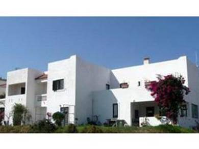 Ilios &  Irene Hotel
